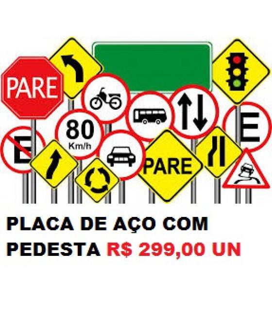 Placa de sinalização viaria
